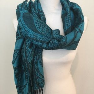 Accessories - Turquoise and black scarf